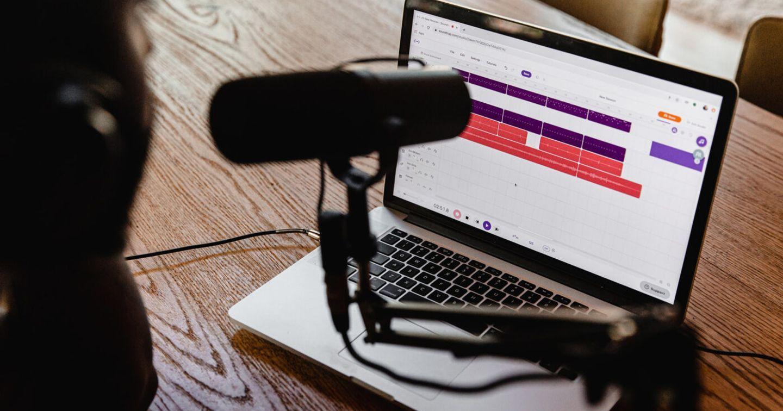 Doanh thu từ quảng cáo Podcast của Hoa Kỳ đã tăng 19% so với cùng kỳ năm 2020; kỳ vọng đạt $ 1 tỷ đô trong 2021 và $ 2 tỷ đô vào năm 2023.