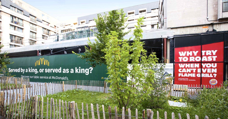 """Cuộc chiến """"cà khịa"""" trên biển quảng cáo ngoài trời của McDonald's và Burger King"""