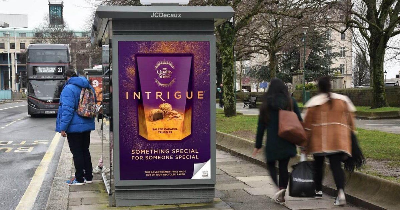 Nestlé phát động chiến dịch quảng cáo ngoài trời sử dụng 100% giấy tái chế tại Anh