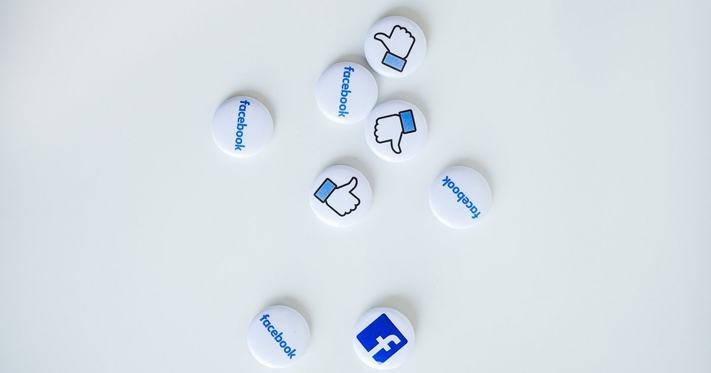 Xây dựng profile trên Zalo, Facebook để bán hàng nên hay không?